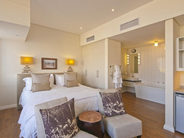seconda immagine KNYSNA (GARDEN ROUTE), THE TURBINE BOUTIQUE HOTEL & SPA