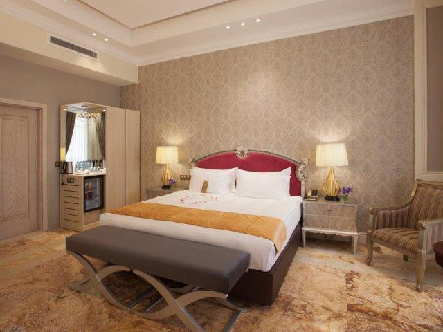 seconda immagine TEHERAN, ESPINAS PALACE HOTEL