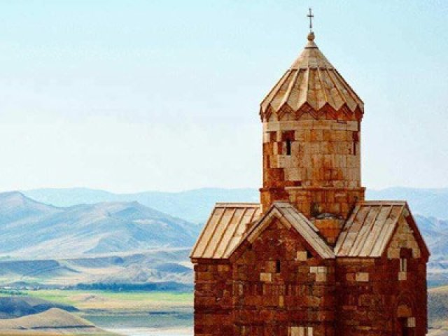 IRAN E UZBEKISTAN: TOUR ARMENIA E IRAN : ARCA DI NOE'
