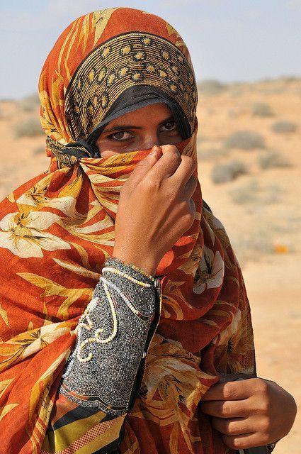costume tipico femminile